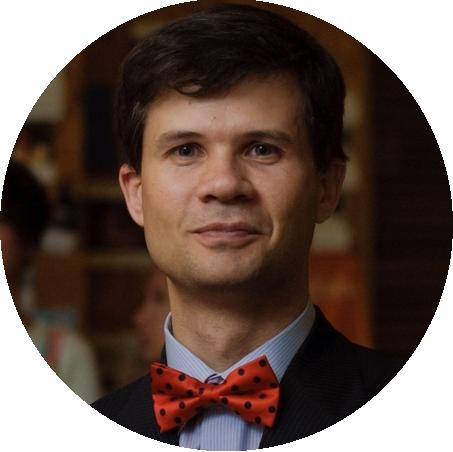 Дмитрий Войтко, сертифицированный бизнес-тренер и коуч. Основатель и организатор TEDxOdessa c 2011г, президент ораторского клуба Toastmasters в Одессе сезона 2010/2011г.
