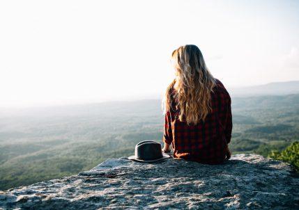 Экотерапия: 5 активностей, которые вы можете попробовать легко и просто